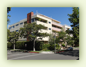 Beverly Hills Apartments - 303 North Swall Drive